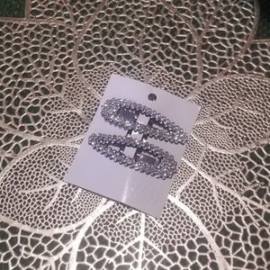 H&M BEDAZZLED RHINSTONE HAIR CLIPS